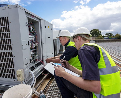 Joe Cool's qualified and certified mechanics install rooftop package air conditioners on commercial and industrial buildings in Adelaide.
